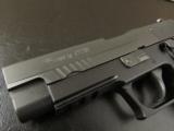 Sig Sauer P220 Extreme DA/SA Single-Stack .45 ACP 220R-45-XTM-BLK - 4 of 8