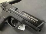 Smith and Wesson M&P 22 .22 LR - 5 of 9