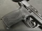 Smith and Wesson M&P 22 .22 LR - 3 of 9