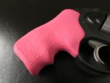 Ruger LCR Double-Action .38 SPL Pink Hogue Grips - 4 of 8