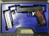 Dan Wesson Guardian Commander-Size 1911 Black 9mm 01985 - 1 of 9