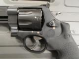 Smith & Wesson Model M&P Performance Center R8 8-Shot .357 Magnum 170292 - 5 of 8