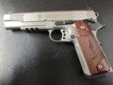 Smith & Wesson Model SW1911TA Tactical Rail .45ACP - 3 of 10