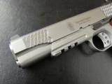 Smith & Wesson Model SW1911TA Tactical Rail .45ACP - 9 of 10