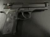 Beretta USA M9 (Mil-Spec 92FS) Commercial Semi-Auto 9mm - 3 of 8