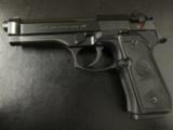 Beretta USA M9 (Mil-Spec 92FS) Commercial Semi-Auto 9mm - 2 of 8