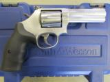 """Smith and Wesson 686 4"""" .357 Magnum 164222"""
