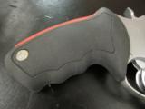 Taurus M513 Raging Judge 6-Shot .454 Casull/.45 Colt/.410 - 2 of 6