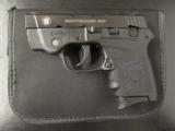 Smith & Wesson Bodyguard .380 ACP/AUTO with Laser 109380 - 2 of 8