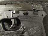 Smith & Wesson Bodyguard .380 ACP/AUTO with Laser 109380 - 3 of 8
