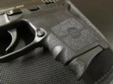 Smith & Wesson Bodyguard .380 ACP/AUTO with Laser 109380 - 6 of 8