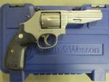 Smith & Wesson Model 686 SSR Pro Series .357 Magnum 178012 - 1 of 9