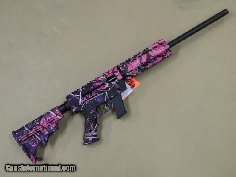 Just Right Carbine 9mm AR15 utilizes Glock Mags Muddy Girl Camo