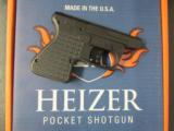 Heizer Defense PS1 Pocket Shotgun .410 & .45 Colt Pistol PS1 - 1 of 7