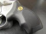Smith & Wesson Model 637 Gunsmoke Wyatt Deep Cover .38 SPL - 3 of 7