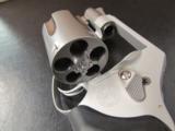 Smith & Wesson Model 637 Gunsmoke Wyatt Deep Cover .38 SPL - 7 of 7