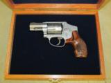 Smith & Wesson Model 640 Engraved with Case .357 Magnum 150784 - 2 of 8
