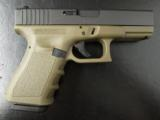 Glock 23 GEN3 4.01 - 1 of 8