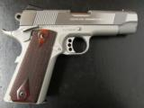 Colt XSE Series Lightweight 1911 Commander .45 ACP 04860XSE - 3 of 8