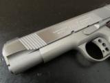 Colt XSE Series Lightweight 1911 Commander .45 ACP 04860XSE - 7 of 8