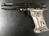 Smith & Wesson 22A with Laminate Over-Sized Grips .22 LR - 3 of 8