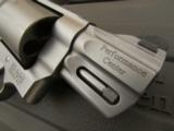 """Smith & Wesson Performance Center Model 629 2 5/8"""" .44 Magnum 170135 - 7 of 9"""