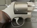 """Smith & Wesson Performance Center Model 629 2 5/8"""" .44 Magnum 170135 - 8 of 9"""