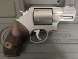 """Smith & Wesson Performance Center Model 629 2 5/8"""" .44 Magnum 170135 - 1 of 9"""