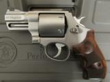 """Smith & Wesson Performance Center Model 629 2 5/8"""" .44 Magnum 170135 - 2 of 9"""