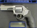 "Smith & Wesson 686-6 Plus 7-Shot 4"" .357 Magnum 164194"