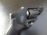 Smith & Wesson Model 442 Airweight .38 Special 162810 - 8 of 8
