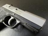 Ruger P95 Bi-Tone Stainless & Black 9mm Luger/Para. - 6 of 8