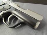 Like new Kimber Solo Carry Bi-Tone 9mm Luger 04589 - 5 of 8