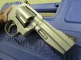 Smith & Wesson Model 60 Stainless 5-Shot .357 Magnum - 6 of 7