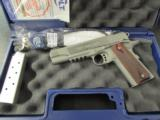 Colt Government 1911 Stainelss Rail Gun .45 ACP/AUTO 01070RG - 9 of 9