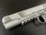 Colt Government 1911 Stainelss Rail Gun .45 ACP/AUTO 01070RG - 6 of 9