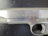 Colt Series 70 1911 Stainless Government .45 ACP/AUTO - 4 of 9