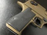 Magnum Research Desert Eagle Mark XIX Burnt Bronze .44 Magnum - 7 of 7