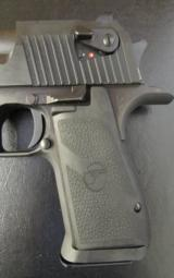 Magnum Research Desert Eagle Mark XIX .357 Magnum - 4 of 8