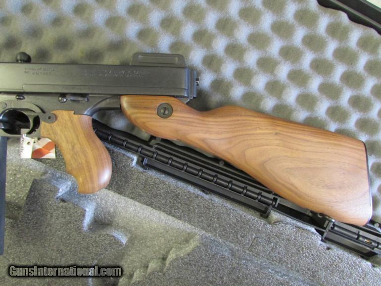 Auto-Ordnance Thompson T1 1927A-1 Deluxe  45 ACP Carbine 16 5