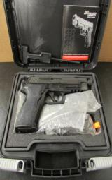 Sig Sauer P226 Special Configuration SigLite Threaded 9mm Luger W226-9-SP - 1 of 8