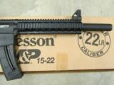 Smith & Wesson M&P 15-22 Integrally Suppressed .22 LR 3200062 - 7 of 8