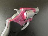 Charter Arms Undercover Cougar Pink/Stainless .38 Special 53833 - 8 of 8