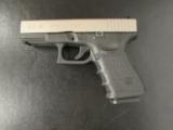 Glock 19 GEN3 4.01 - 2 of 7