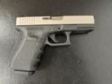 Glock 19 GEN3 4.01 - 1 of 7