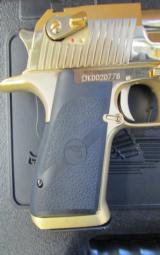 24kt Gold Magnum Research Desert Eagle Mark XIX .50 AE DE50GO - 5 of 8