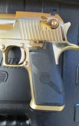 24kt Gold Magnum Research Desert Eagle Mark XIX .50 AE DE50GO - 4 of 8