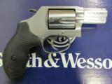 Smith & Wesson Model 60 Stainless 2
