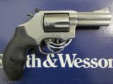Smith & Wesson Model 60 Stainless 3