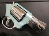 Charter Arms The Tiffany Blue / SS .38 Special 53879 - 5 of 7